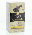 Olaz Anti-Rimpel Dagcreme Total Effects Touch Off Foundation Medium 50ml